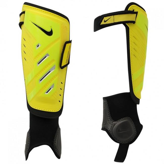 3f24bfaac48 Nike Pro kaitsmed - Sokid ja kaitsmed - Jalgpall - Spordialad - SportTrend