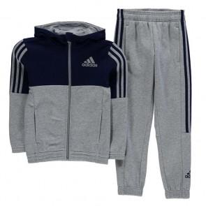 Adidas poiste dressid