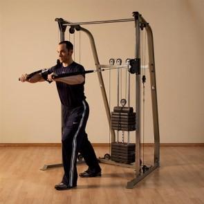 Functional trainer treeningkeskus
