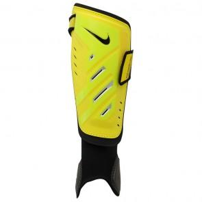 Nike Pro kaitsmed